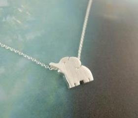 elephant necklace in silver